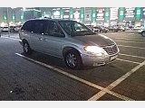 Продам автомобіль Chrysler Town & Country фото
